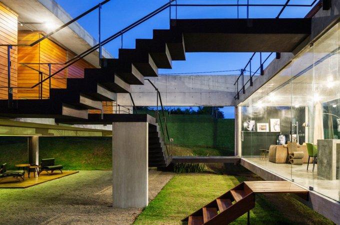 Фантастический дом от Юрия Витала