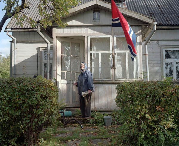 Фотограф из Латвии инсценировал советское прошлое