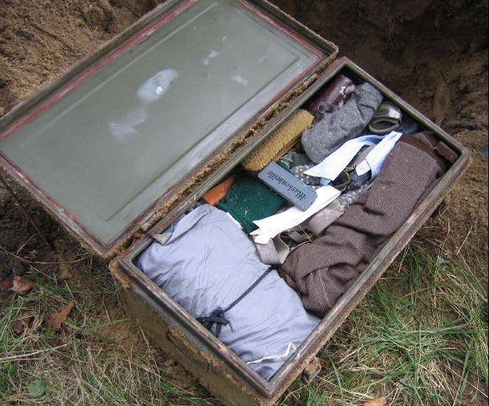 Обнаружение схрона времен Великой Отечественной войны (14 фото)