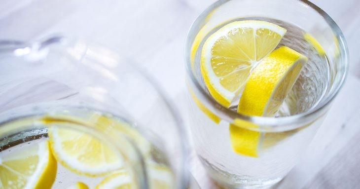 Cвойства лимонной воды, о которых должен знать каждый