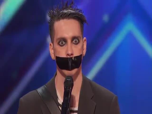Выступление талантливого мима на шоу America's Got Talent