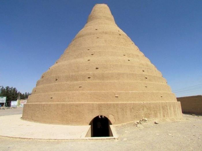 Древние дома-ледники, которые сохранились на территории Ирана