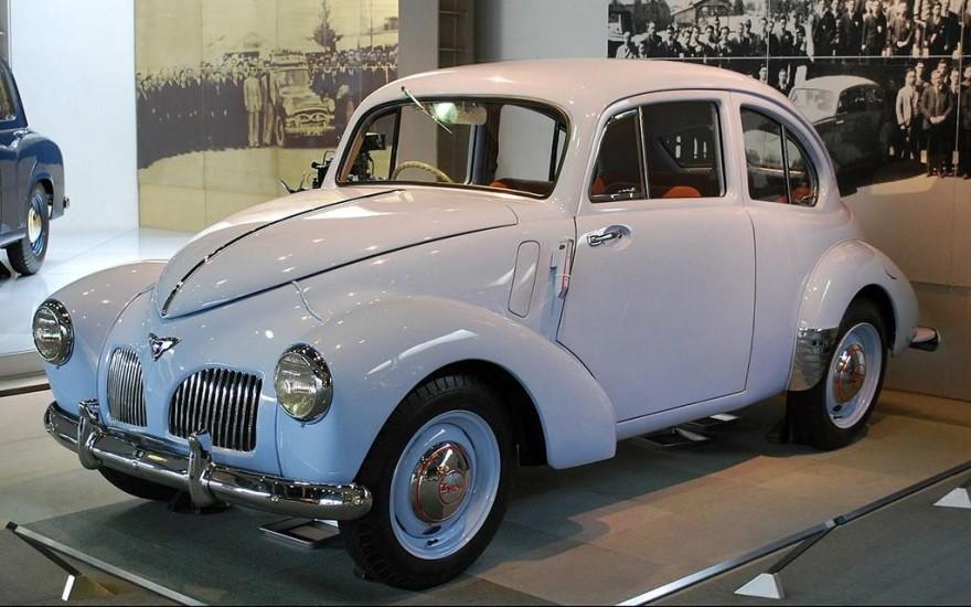 Toyota: от ткацких станков к автомобилям