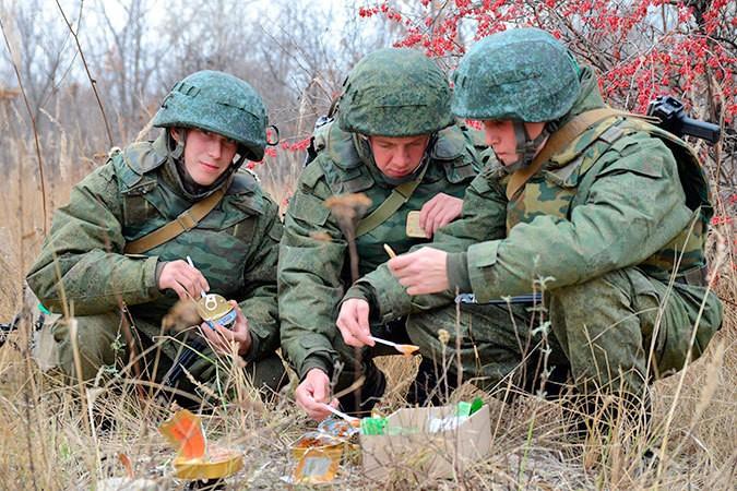 Что солдаты едят в бою?