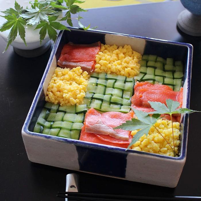 Суши-мозаика: последний тренд японской кулинарной моды