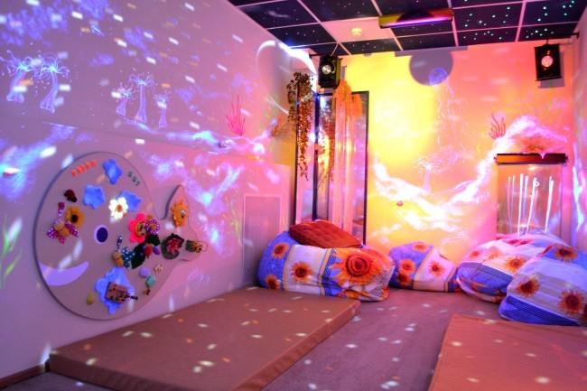 Необычная сенсорная комната