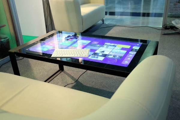 Мебель, которая реагирует светом на прикосновение