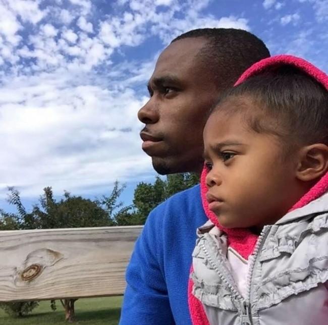 Интернет в восторге от того, как эти папа и дочь начинают свой день