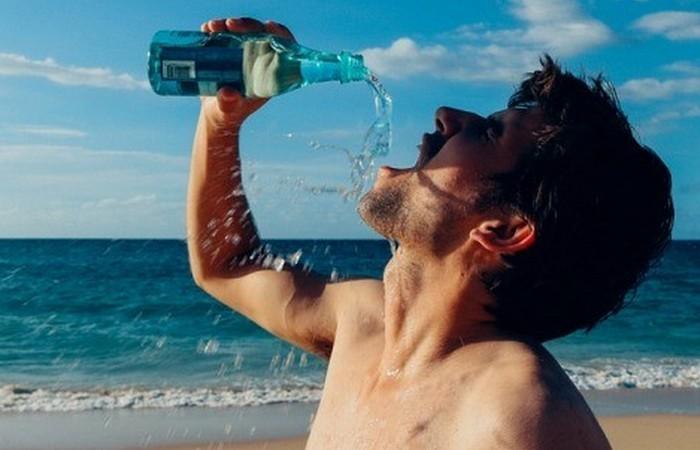 25 вещей, которые делают все люди, когда думают, что их никто не видит
