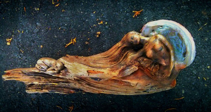 Сказочные скульптуры из коряг, глядя на которые невольно веришь в чудеса и волшебство