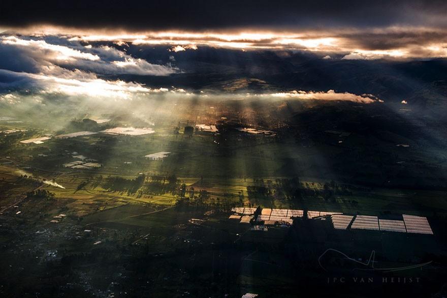 Потрясающие фотографии неба, сделанные лётчиками