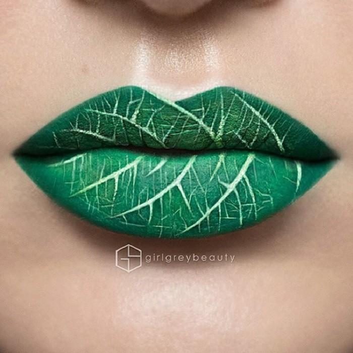 Визажист превращает свои губы в настоящие произведения искусства