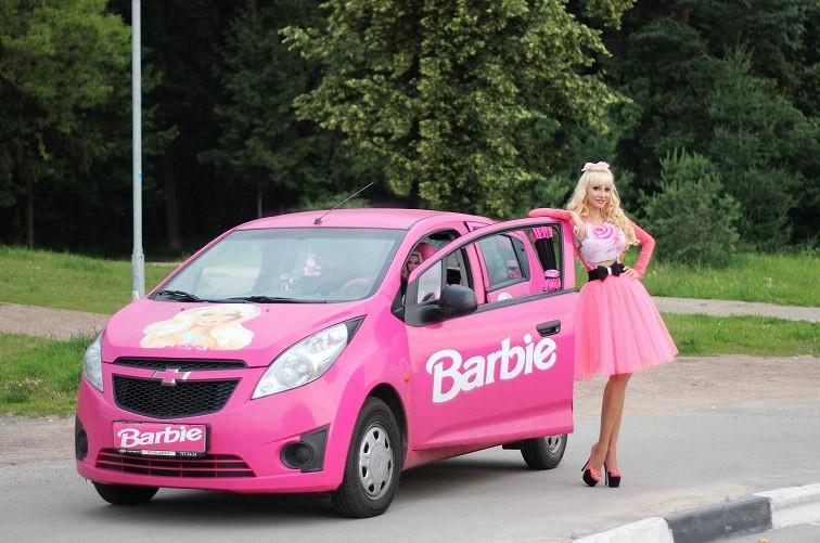 Живая кукла Барби из Москвы