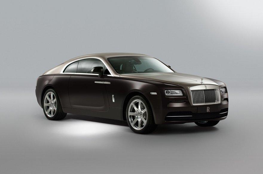 Счет за ремонт Rolls Royce Wraith 500,000 руб