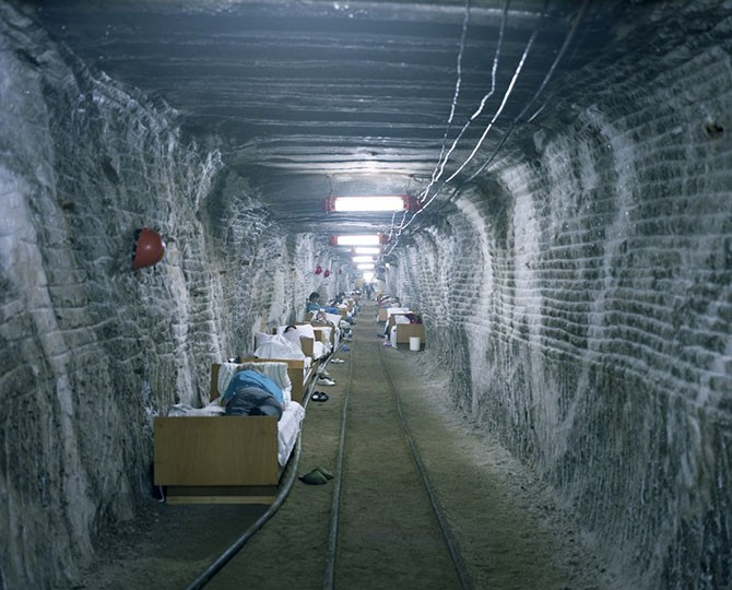 Экскурсия в подземный санаторий для астматиков (13 фото)