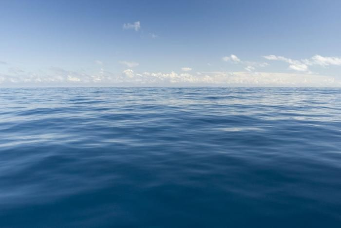 Почему океан голубого цвета (7 фото)