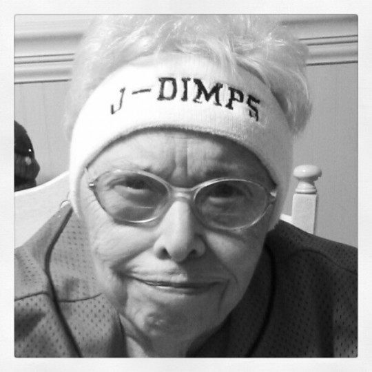 80-летняя бабушка из Twitter (9 фото)