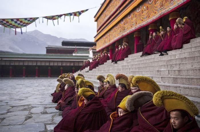 Великий молитвенный фестиваль Монлам в Тибете (14 фото)