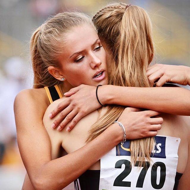 СМИ назвали бегунью Алисию Шмидт «самой сексуальной атлеткой в мире» (15 фото)