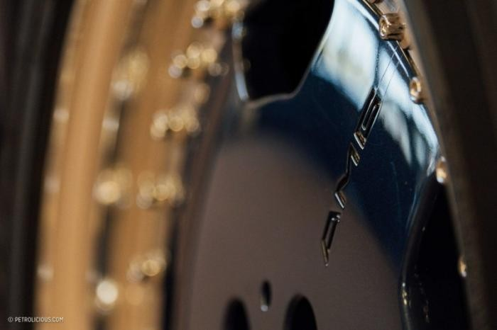 Единственный в мире Mercedes-Benz W124 AMG Hammer Wagon (10 фото)