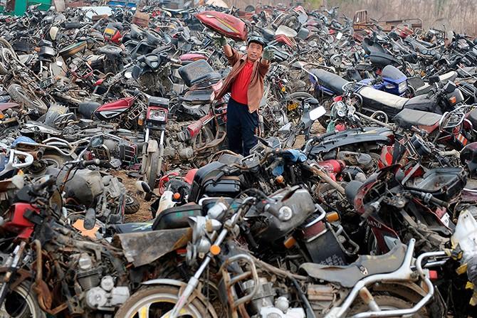 Автосвалки в Китае (13 фото)