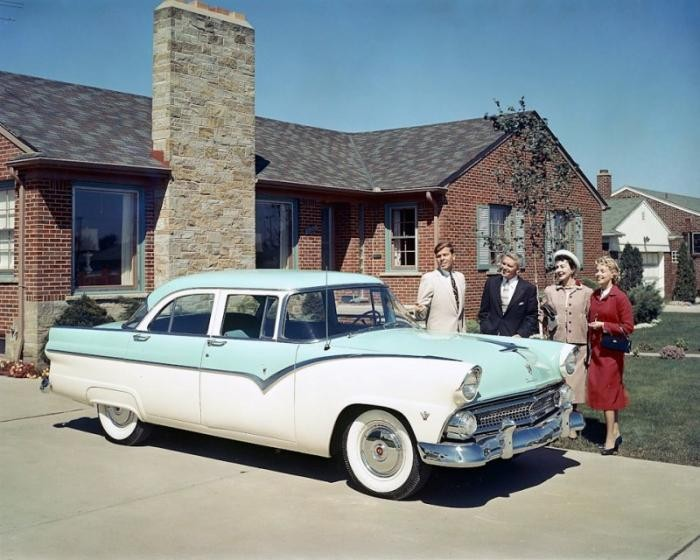 Кое-что о названиях американских автомобилей (18 фото)