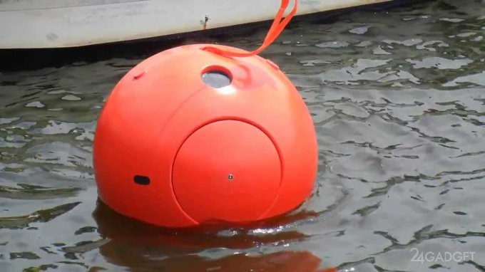 Капсула для спасения от разгула стихии (10 фото)
