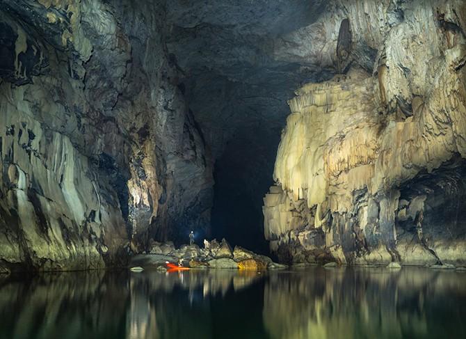 Путешествие по пещере Tham Khoun в Лаосе (20 фото)