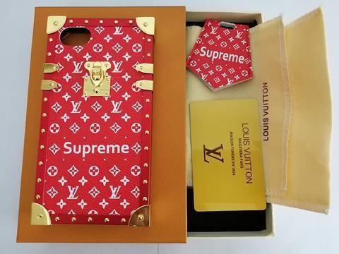 Сколько стоит чехол Louis Vuitton X Supreme (5 фото)
