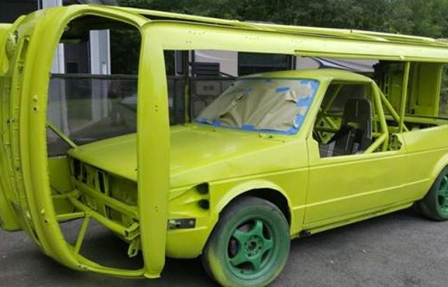 Volkswagen T2, который ездит «на боку» (7 фото)