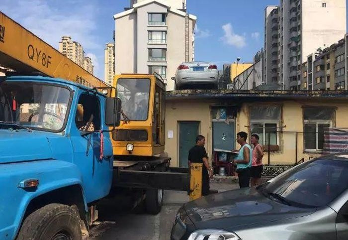 Месть нарушителю парковки (4 фото)