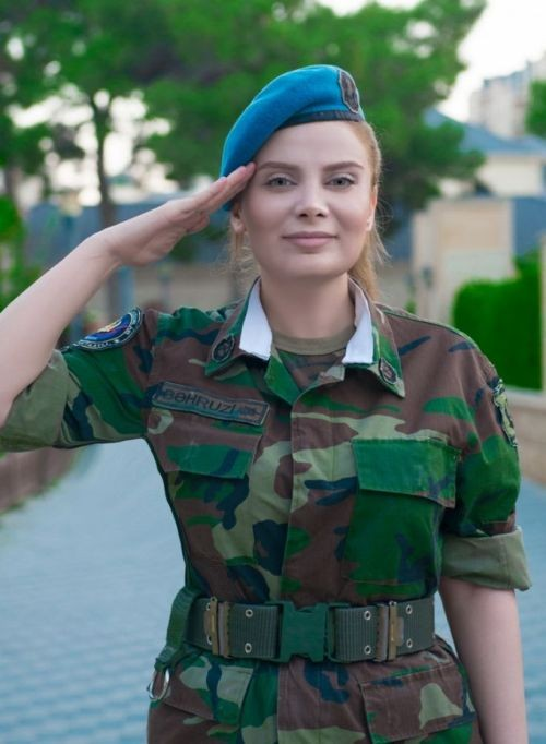 Военнослужащая спецназа Теграна Бахрузи снялась в фотосессии (6 фото)