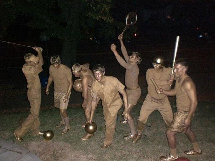 Оригинальные костюмы на Хэллоуин (30 фото)