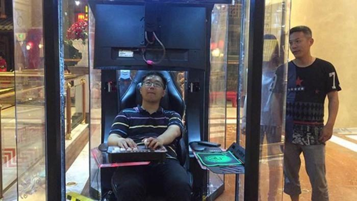 «Контейнеры для мужа»: торговый центр в Шанхае (3 фото)