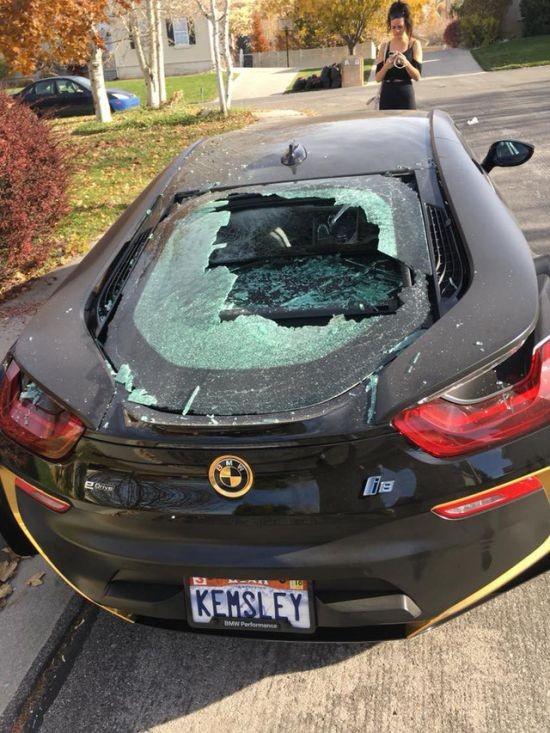 Автомобильное происшествие (4 фото)