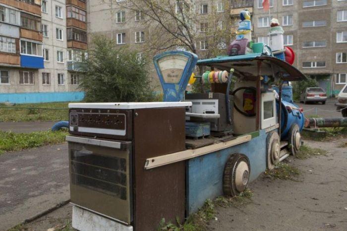 Уникальная детская площадка в Барнауле (6 фото)