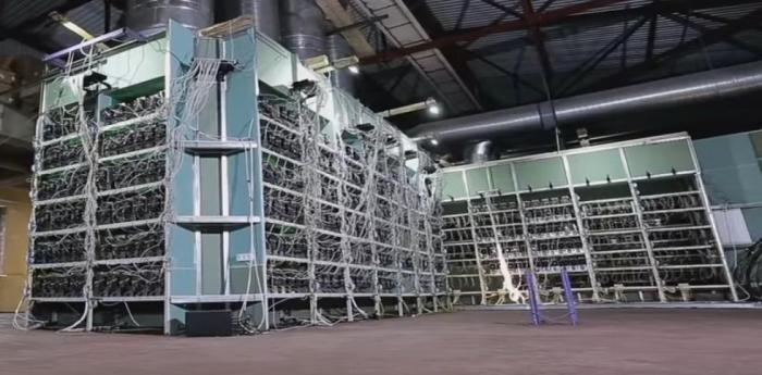 Cамая большая отечественная ферма по добыче биткоина (9 фото)