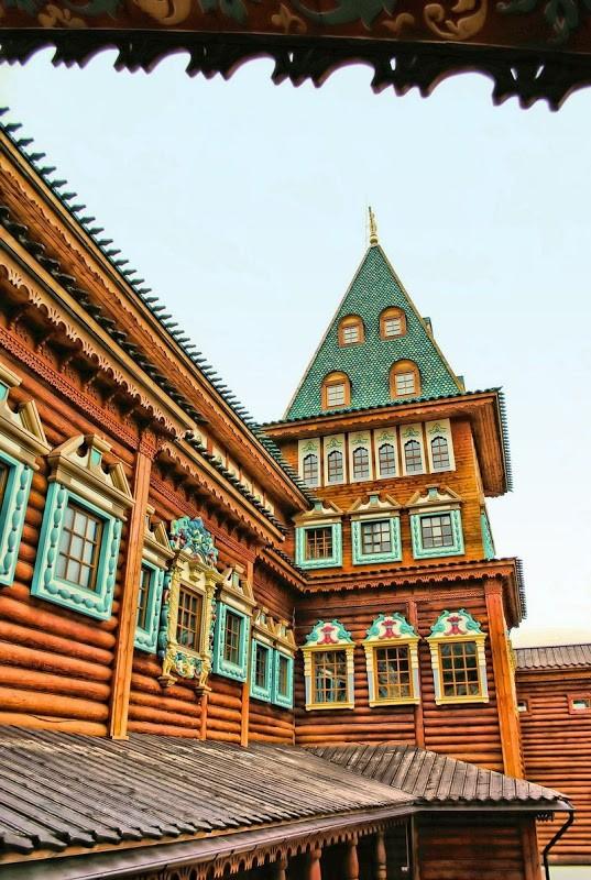 Деревянный дворец царя Алексея Михайловича в Коломенском (17 фото)