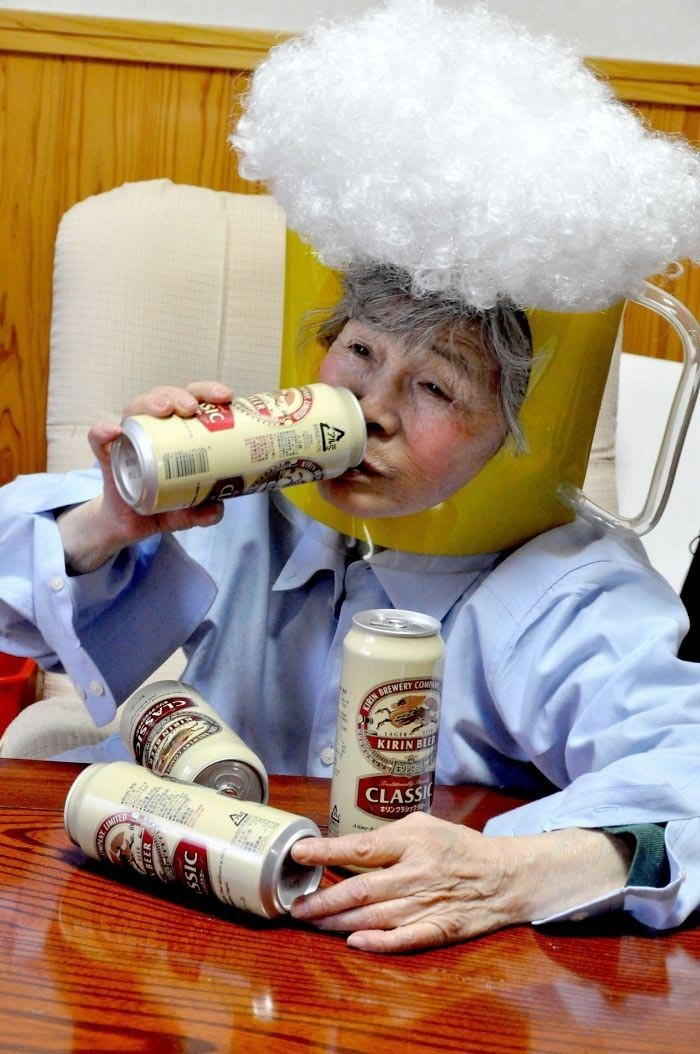 89-летняя бабушка из Японии познакомилась с современной фотографией (13 фото)