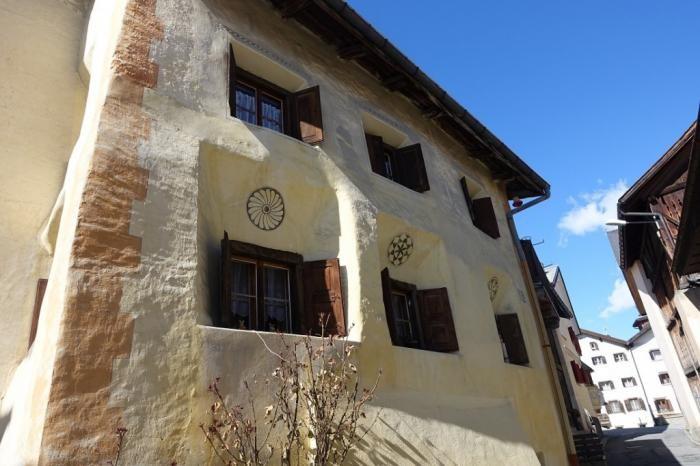 Жизнь одной швейцарской деревушки: как все устроено (17 фото)
