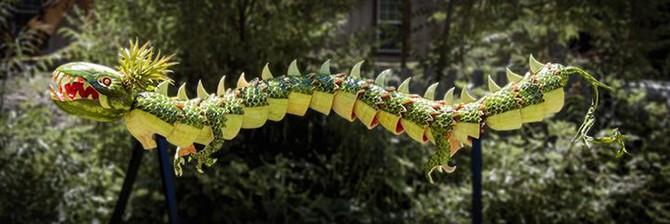 Невероятные скульптуры из арбузов (22 фото)