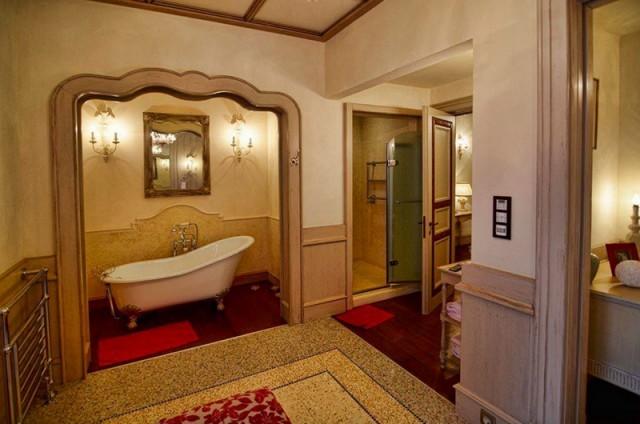 Самый дорогой дом Рублевки продают за 60 млн долларов (8 фото)