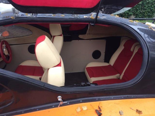 Преображение салона катера на воздушной подушке (10 фото)