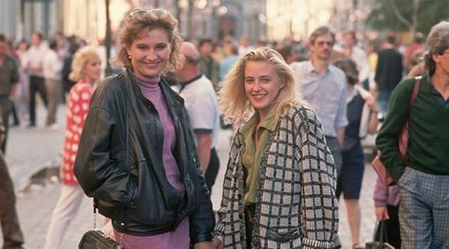 Это были 90-е. Мы одевались, как могли! (12 фото)