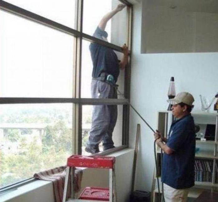 Люди, которым плевать на технику безопасности (45 фото)