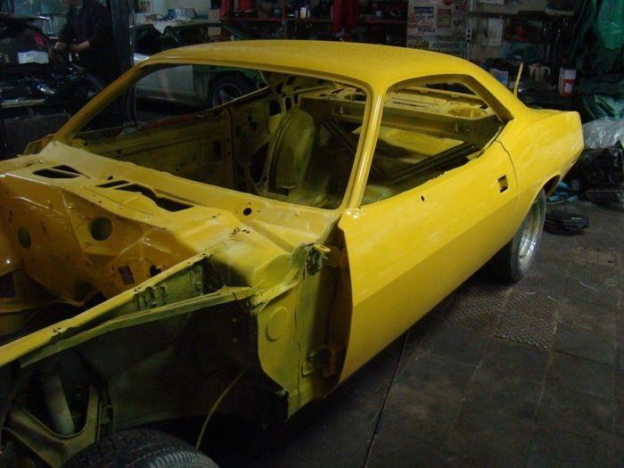 Восстановление мускул кара Plymouth Barracuda 1970 года (23 фото)
