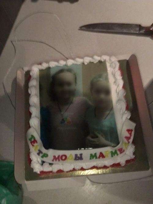 Такого торта заказчик явно не ожидал (3 фото)