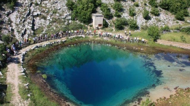 Исток реки Цетины в Хорватии (3 фото)