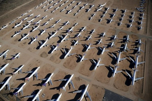 Кладбище самолетов (8 фото)