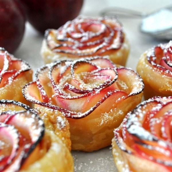 Розы из яблок (9 фото)